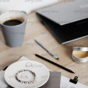 Gray Workspace 08 | Bank zdjęć Moyemu - zdjęcia dla Twojego bloga i biznesu