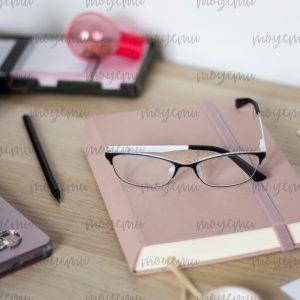 Girly Pink Workspace 06 | Bank zdjęć Moyemu - zdjęcia dla Twojego bloga i biznesu