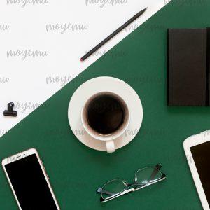 Green-pink Minimal 03 | Bank zdjęć Moyemu - fotografie dla bloga i biznesu